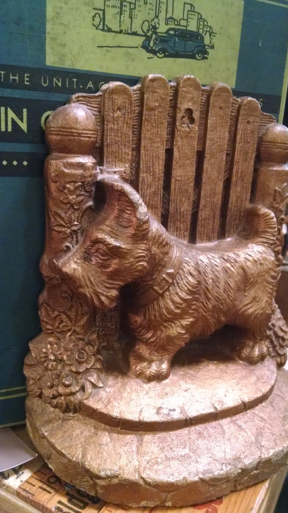 Scottie_Bookend[1]