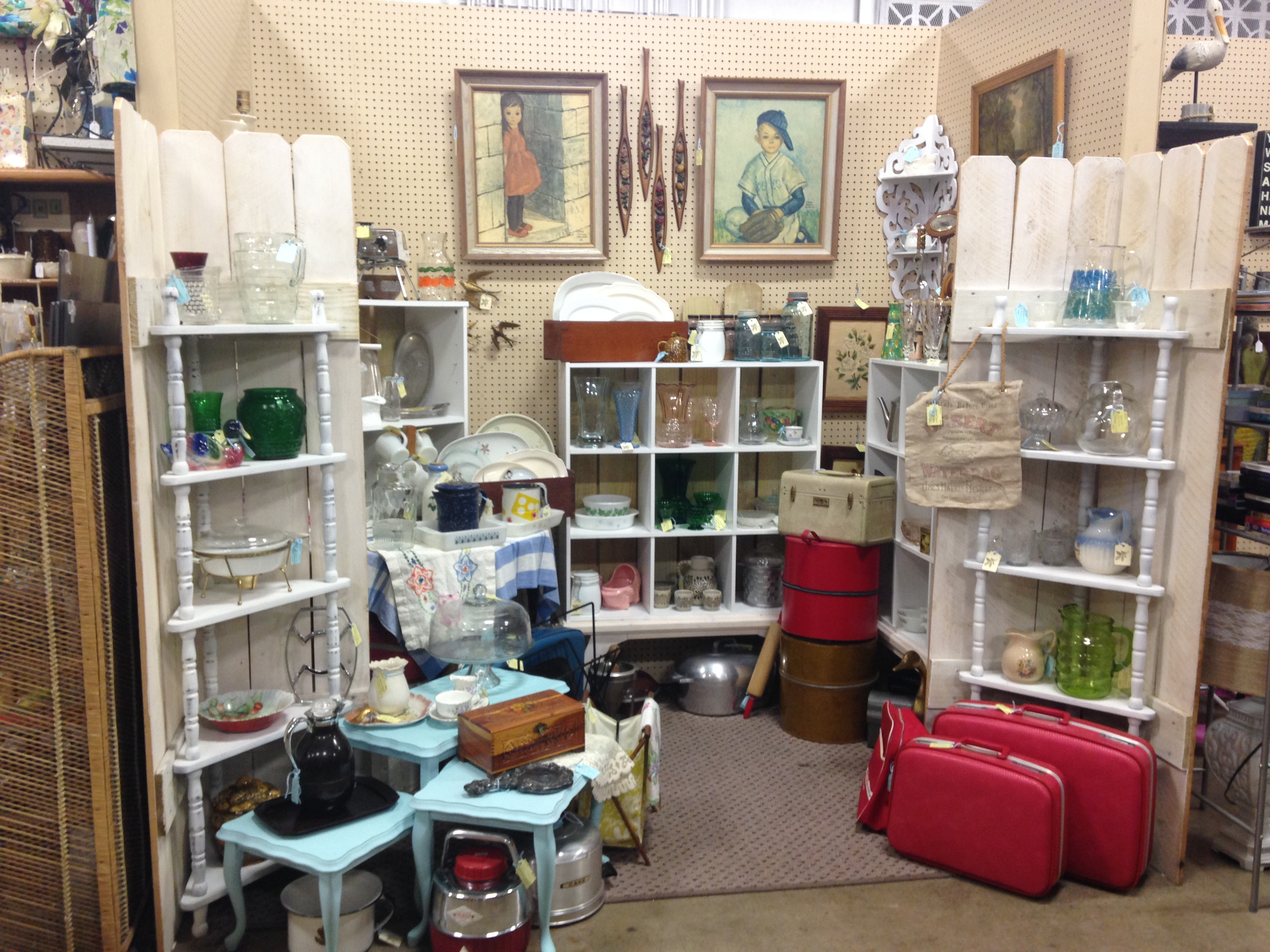 Home - Relics Antique Mall